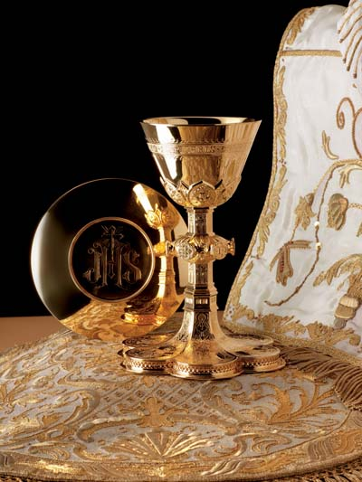 2990 Chalice & Paten gothic, chalice and paten, chalice, silver chalice, gold plated, silver cup, sterling silver, church goods, church supplies, 2985, molina, artistic silver,