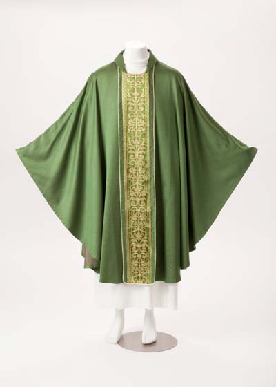 331B Chasuble 331B,chasuble, vestment, sorgente, manantial, robe, white, red, green, red, catholic chasuble, sorgento